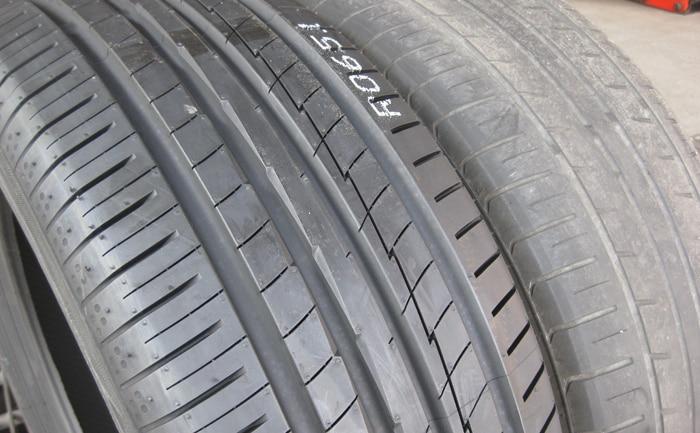 タイヤ交換比較
