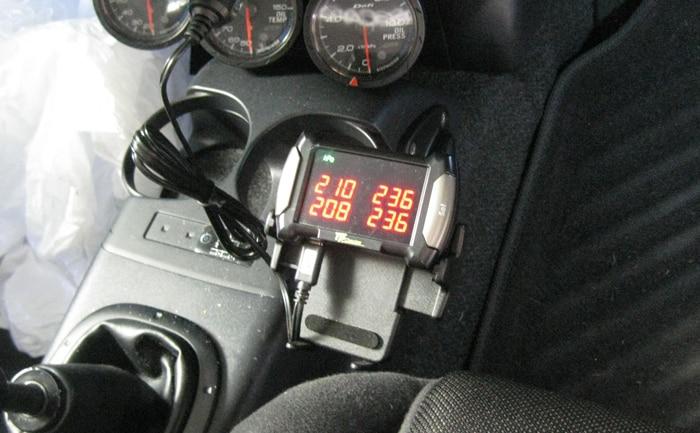 空気圧センサー車内モニターイメージ