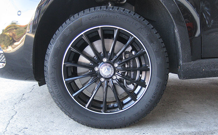 スタッドレスタイヤ-コンチバイキングコンタクト6-メルセデスベンツVクラス