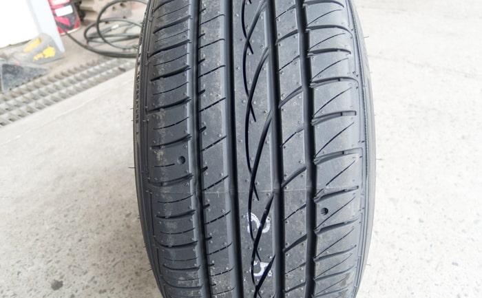 タイヤ幅 ひっぱり