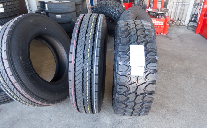 11R22.5 比較 トラック タイヤ