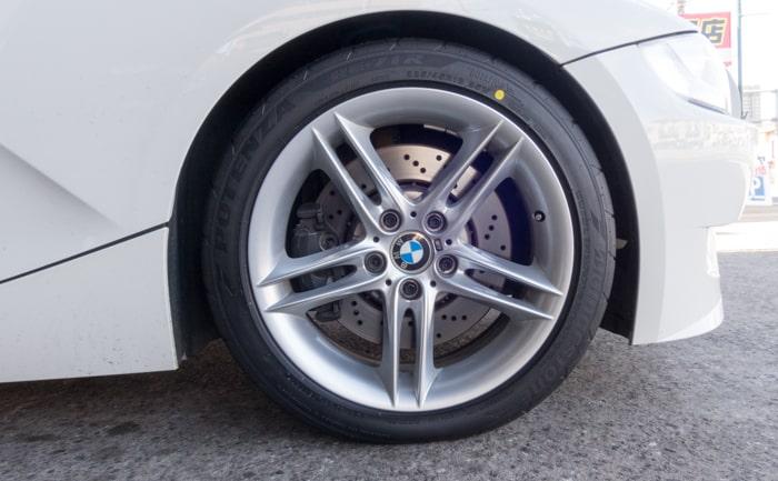 BMW Z4 Mクーペ タイヤ交換 川越
