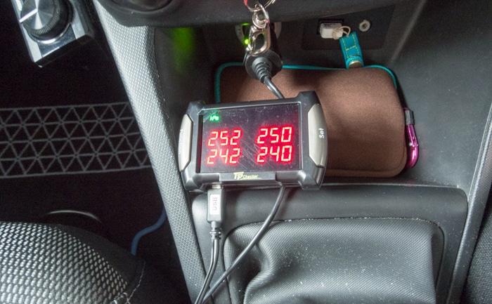 空気圧センサー モニター
