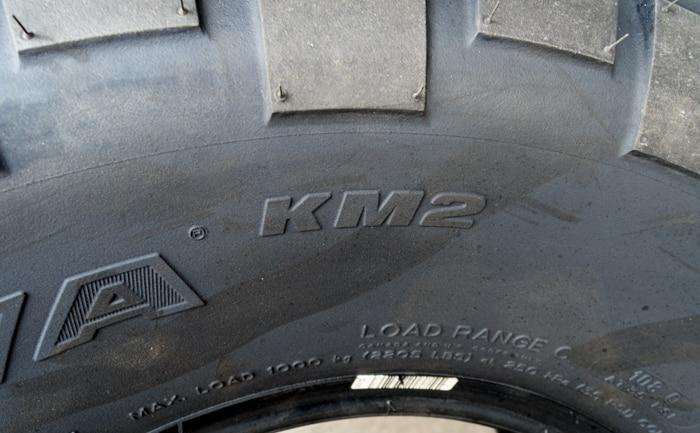 Mud-Terrain T/A KM2 BFグッドリッチ タイヤ 安い 埼玉県