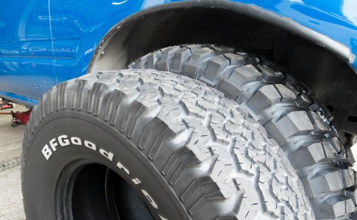 タイヤ 大きさ 違い 33インチ 31インチ