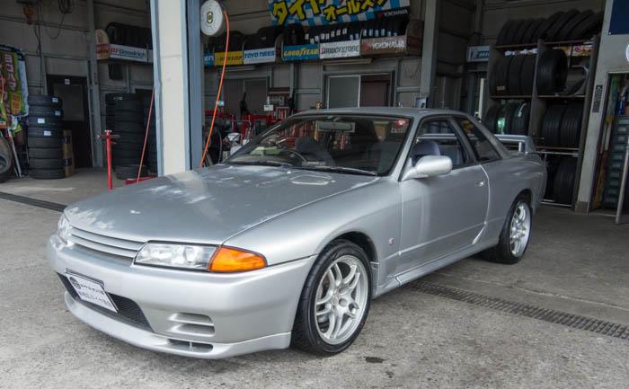 R32 GT-R タイヤ交換 埼玉県
