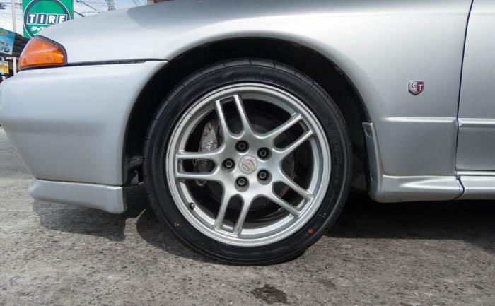 245/40R17 GT-R タイヤ交換