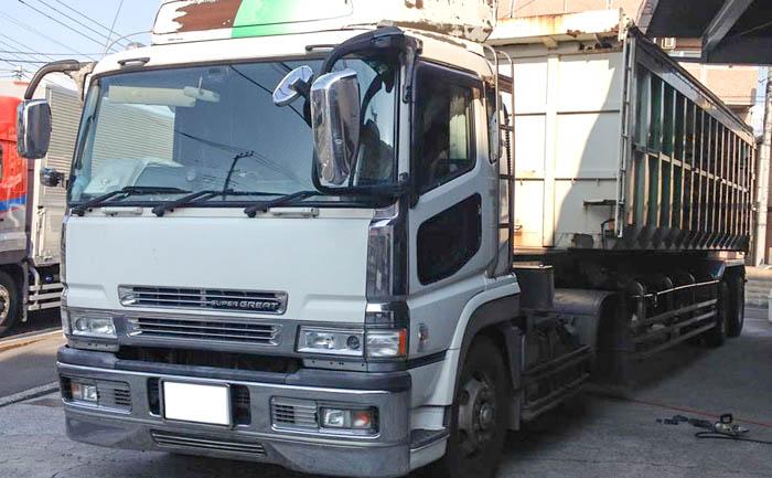 大型 トレーラー タイヤ交換 埼玉県