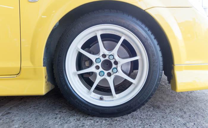 MR-S タイヤ交換 フロント