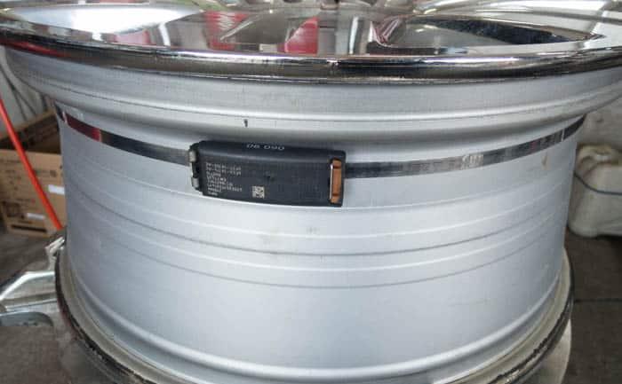 アメ車 ホイール 空気圧センサー