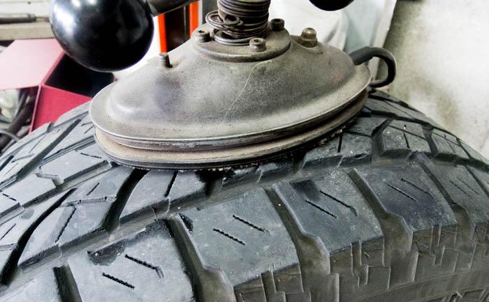 タイヤ パンク 焼き付け 修理