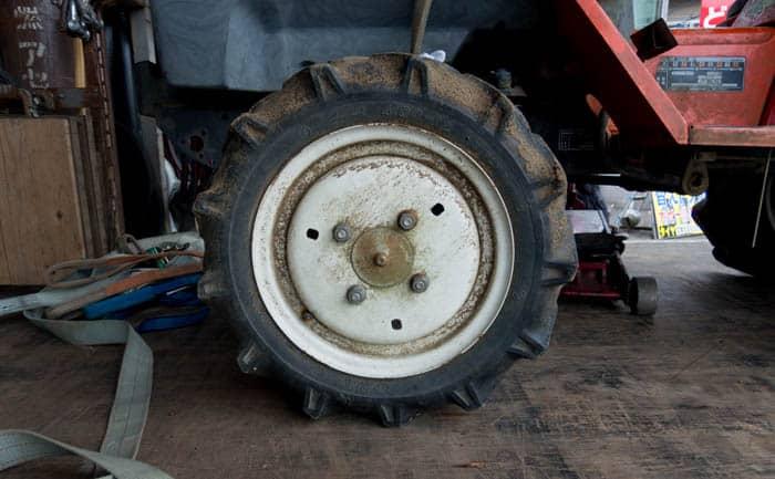 農耕機 タイヤ パンク 修理
