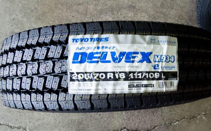 トーヨータイヤ DELVEX 934 スタッドレスタイヤ