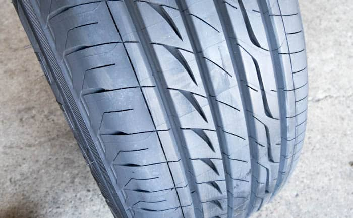 GR-XI 静か タイヤ セール