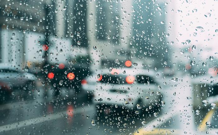 雨の日 タイヤ 安全
