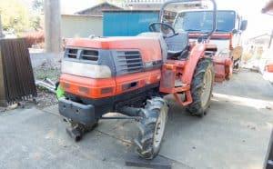 トラクターにおすすめ! ファルケンのAT50、AR2を装着しました。[(F)6-14 4PR (R)9.5-22 4PR]