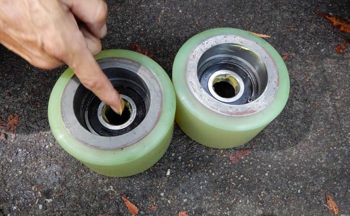 タイヤ交換 リーチフォーク
