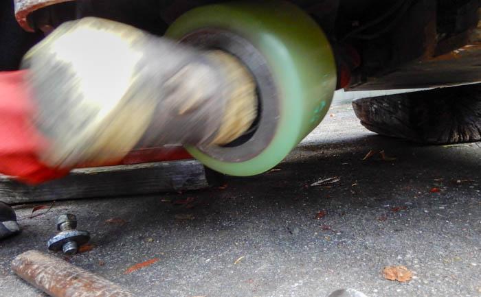 タイヤ交換 打ち込み
