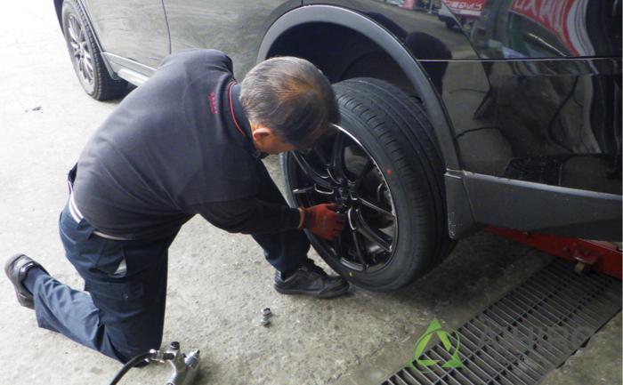 エクストレイル タイヤ交換 埼玉県川越市