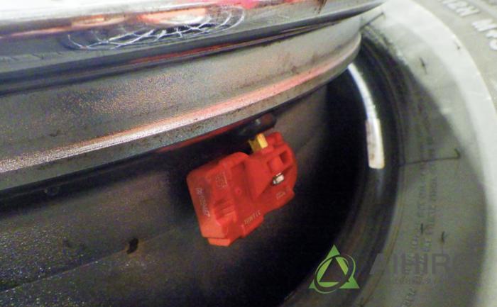 空気圧センサー 相広タイヤ おすすめ