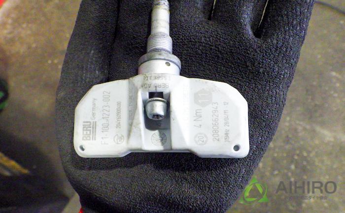 空気圧センサー アストンマーチン Vrage