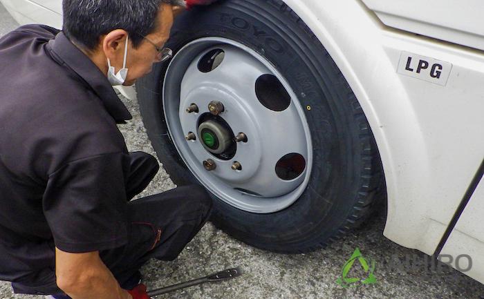 ホイール タイヤ交換 キャンピングカー