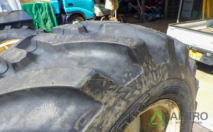 BKT タイヤ パターン