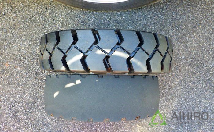 フォークリフト タイヤ交換 比較