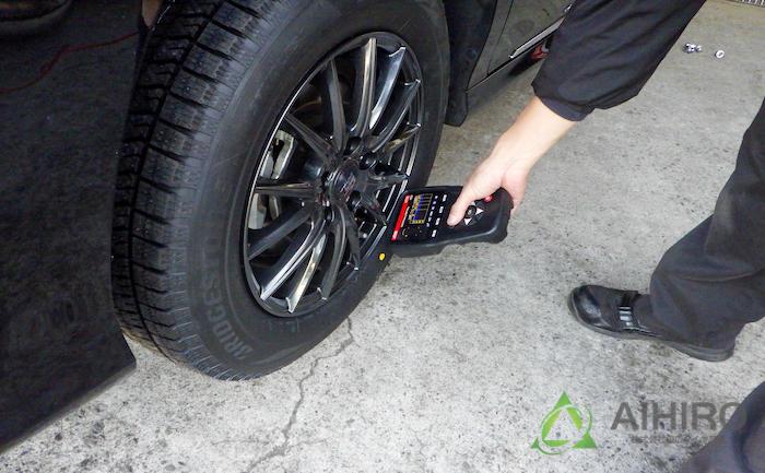 空気圧センサー TPMS タイヤ交換