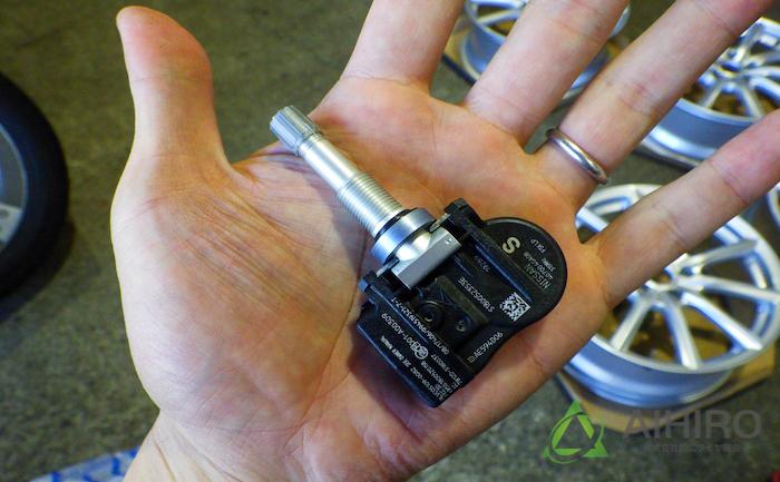 空気圧センサー TPMS スカイライン
