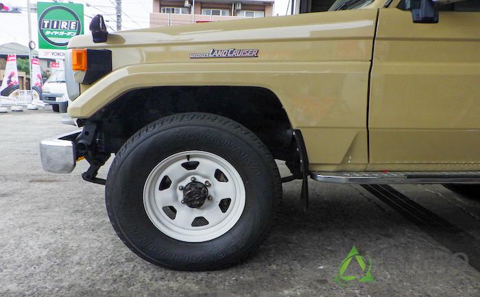 ランクル タイヤ交換 装着前