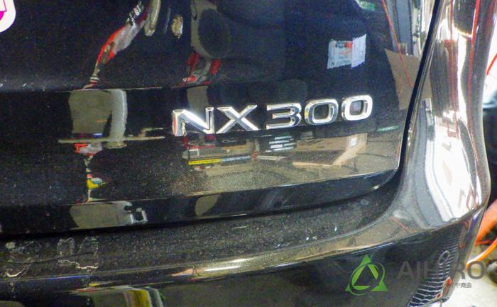 レクサス タイヤ交換 NX300