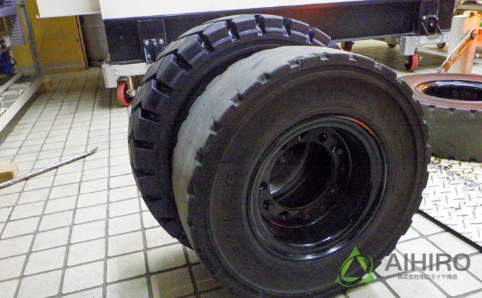 フォークリフト タイヤ 比較