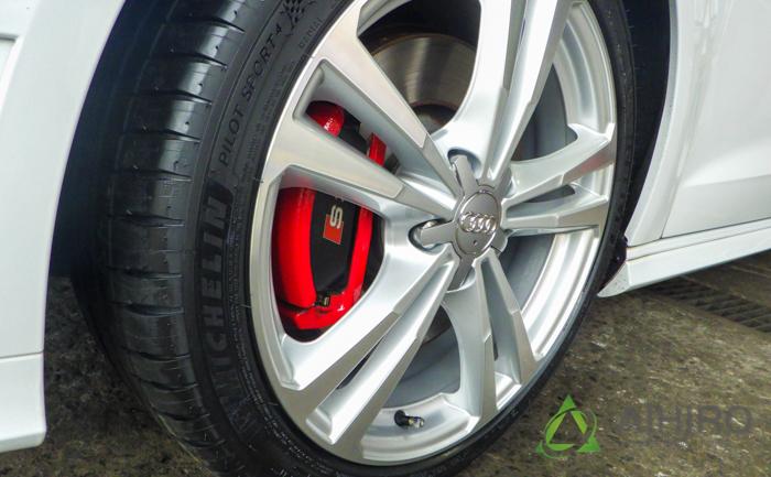 アウディ タイヤ交換 S3